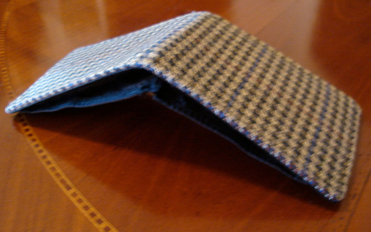 Men's wool wallet tweed houndstooth green 7 pocket billfold - product images  of