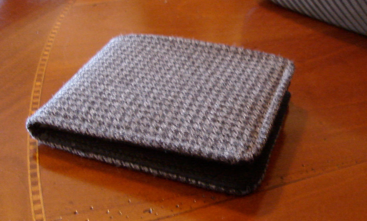 Mens wallet Grey Houndstooth slim wallet  Card wallet 7 Pocket Billfold Vintage Fabric Minimalist Bifold small wallet - product image