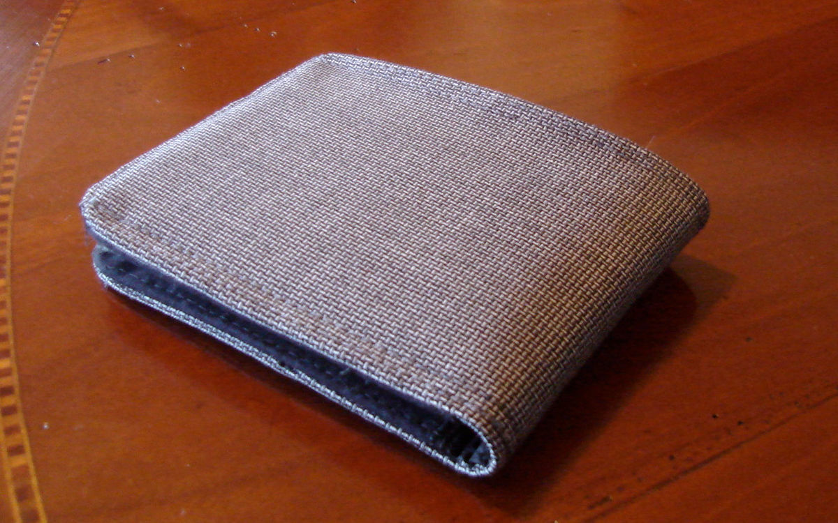 Mens Wallet Slimline bifold Minimalist Silky soft Wool Standard Size 7 Pocket Billfold Fresco di Lana - product images  of