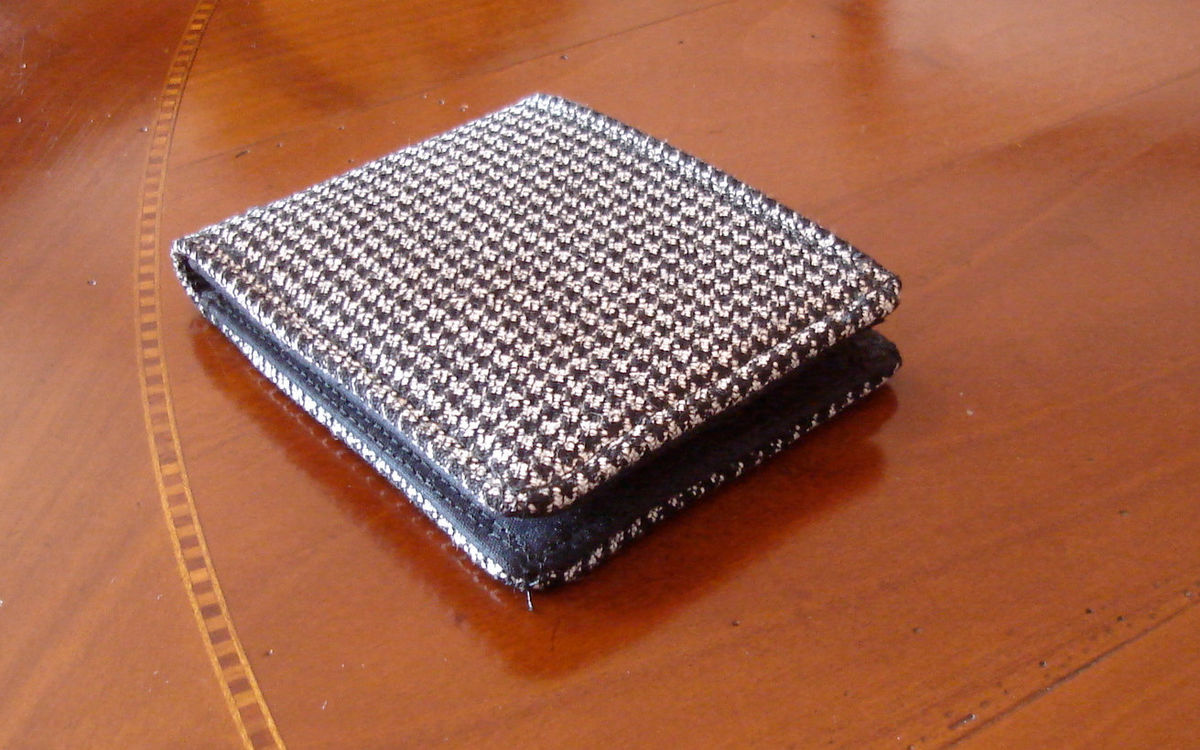 Mens wallet Houndstooth Wallet black and white  7 Pocket Billfold Checkered bifold Small pocket size wallet - product image