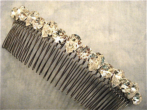 Crystal,Teardrop,Bridal,Comb,,Swarovski,Comb,Weddings,Accessories,Tiara,rhinestone_comb,bridesmaid_gift,bridal_comb,wedding_accessory,bridal_accessory,Wedding_comb,Wedding_hair_jewel,Bridal_barrette,Swarovski_bridal,rhinestone_hair_clip,crystal_pear_tiara,swarovski_tiara,crystal_wedding_comb,swarovs