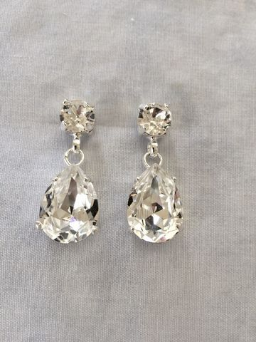 Swarovski,Crystal,Silver,Tear,Drop,Earrings,bridal earrings, dangle earrings, crystal earrings, bridesmaid earrings, swarovski earrings, teardrop earrings, wedding earrings
