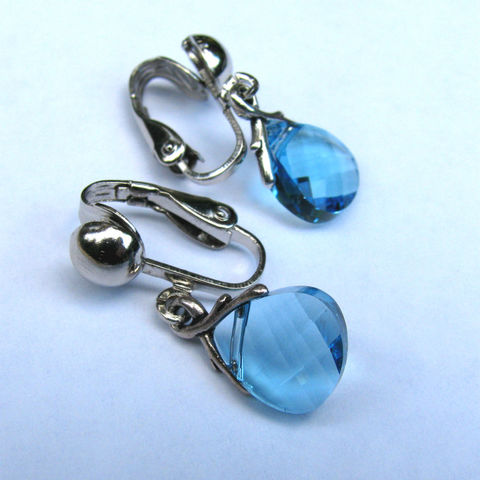 March,Birthstone,Clip,On,Earrings,,Aquamarine,Jewelry,pewter,steel,swarovski crystal,jewelry,earrings,non pierced earring,birthstone earrings,birthstone jewelry,march birthstone,march clip ons,march earrings,aqua clip ons,aqua clip earrings,silver clip ons,silver clip earrings,crystal clip earring,blue clip