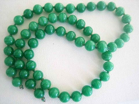 Cherry,Brand,full,strand,knotted,green,glass,8mm,58,Beads,Cherry Brand beads, Japan glass beads, Vintage Japan Beads, green glass beads