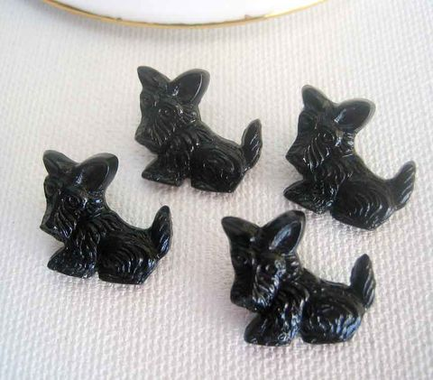 Vintage,Scotty,Buttons,plastic,black,dog,figure,Made,in,Japan,4,vintage plastic buttons, novelty buttons, Japan buttons, dog buttons, Scotty dog buttons, Scotty buttons, animal buttons