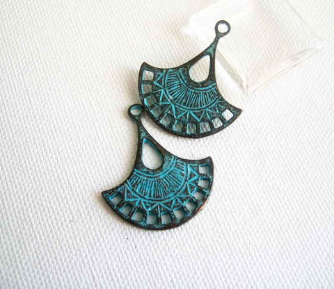 Fan,Pendants,2,pieces,Mykonos,Greek,Casting,Verdigris,Supplies,Mykonos_Fan,Greek_casting,mykonos_casting,Greek_metal_charm,metal_pendant,verdigris_pendant,Fan_shaped_pendant,copper_and_green,metal_verdigris,green_patina_copper,Barrie_Beads,Ontario,Canada