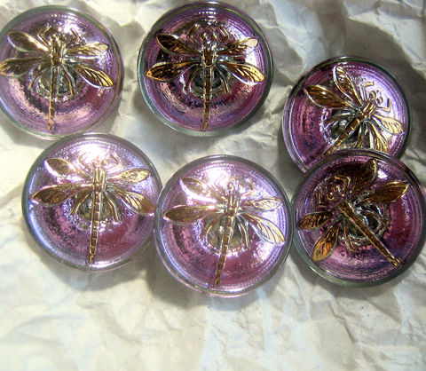 Czech,Glass,Buttons,with,Dragonfly,18mm,6,pieces,Czech glass buttons, dragonfly buttons, fancy buttons, purple buttons, golden glass, amethyst glass buttons