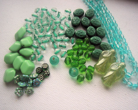 Vintage,Glass,Beads,green,mix,variety,bead,lot,Czech beads mix, vintage glass beads, vintage green beads, green glass beads, bead soup, bead lot, vintage bead lot