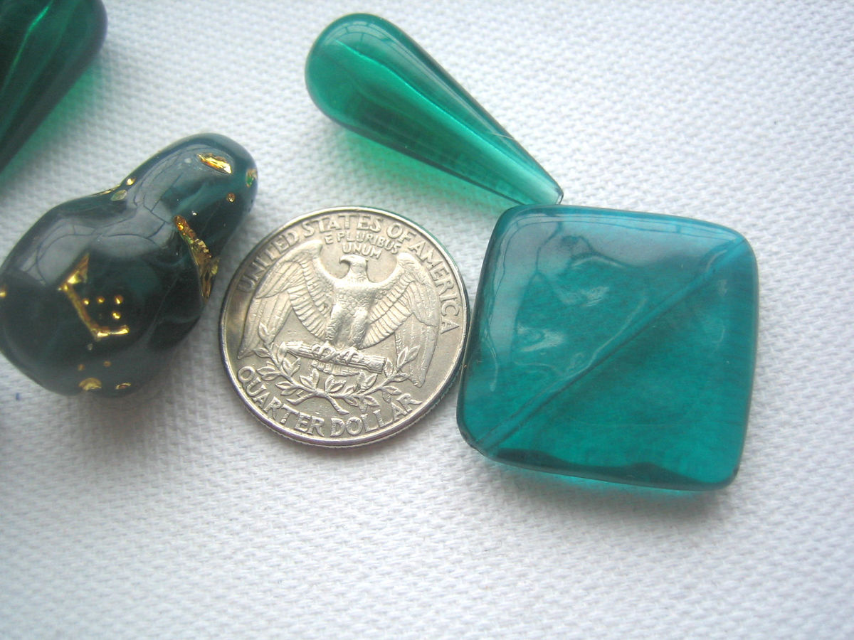 Bead Assortment Vintage Plastic Lucite and Acrylic Teal and Green - product images  of