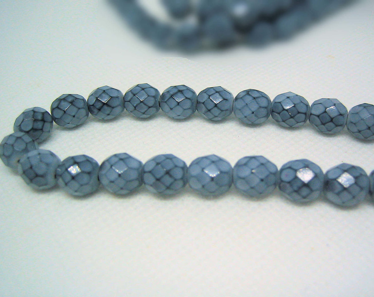 Snakeskin Pattern Beads 1 strand of 22 8mm Grey - product images  of