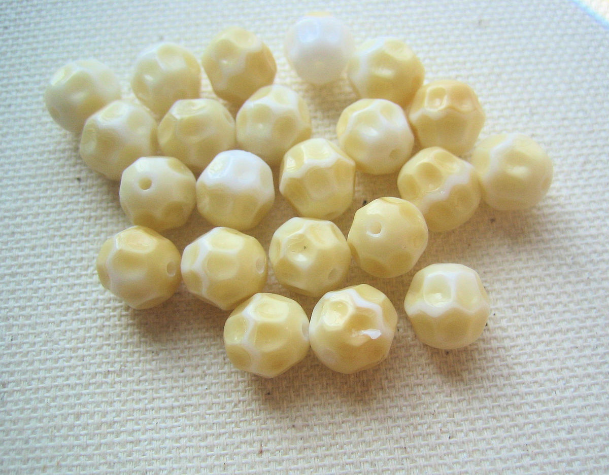 Vintage Glass Beads 8mm faceted 24 - product images  of