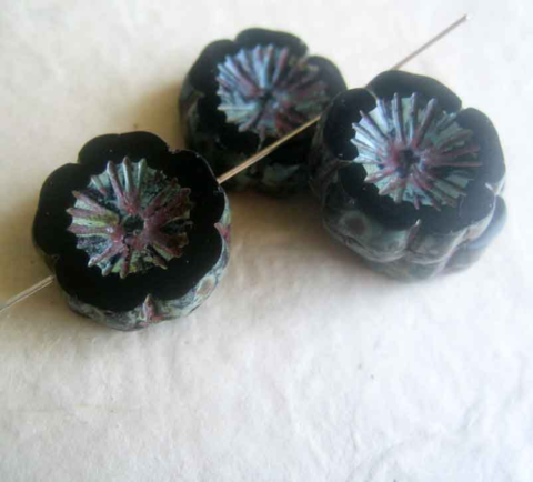 Black,Picasso,Hawaiian,Flower,Beads,strand,of,10,Czech glass flower beads, chunky glass beads, Hawaii Flower beads, Picasso beads, black beads, Gothic flower beads, big flower beads