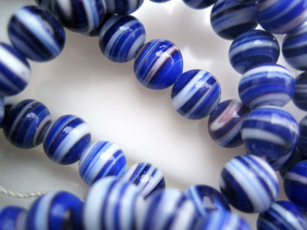 Vintage Japan Glass Beads 6mm blue and white - product images  of