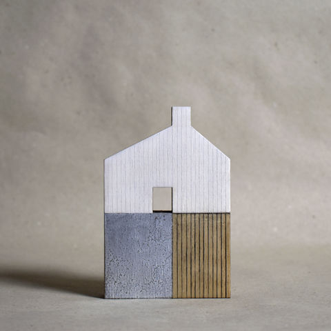 House,-,white/silver,no.1,sculpture, lasercut, plywood, house, architecture, miniature, gilded, silver, white