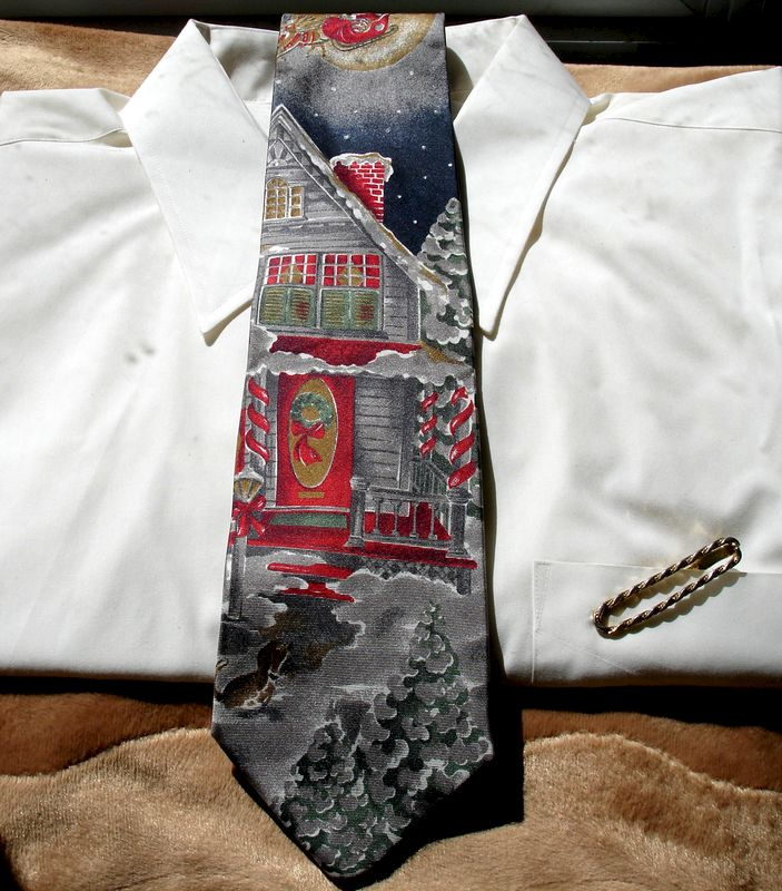 Men's Christmas Eve Santa Making Deliveries Silk Tie 417 by Van Heusen - product images  of