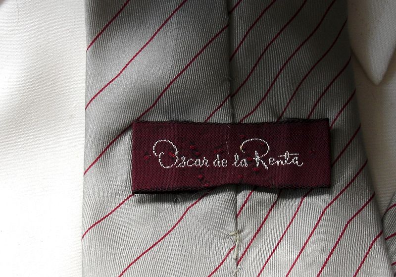Men's Oscar de la Renta Silver Gray With Thin Cranberry Red Stripe Tie - product images  of