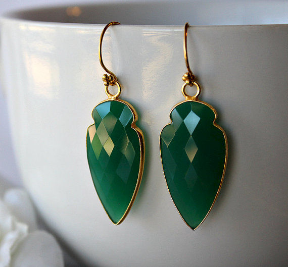 Arrow Head Green Onyx Drop Earrings, Green Gemstone Dangle, Onyx Jewelry, Dagger Earrings - product images  of