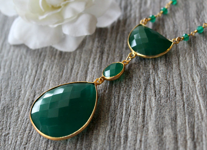Long Green Onyx Pendant Necklace, Emerald Green, Green Gemstone Pendant, May Birthstone, Statement Necklace, Bohemian Style - product images  of