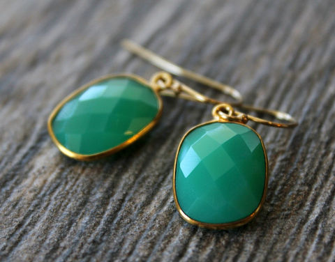 Small,Chrysoprase,Green,Chalcedony,Drop,Earrings,,Emerald,Green,,Large,Dangle,,Drop,,Gold,Vermeil,,Huge,Teardrop,Jewelry,Earrings,green_chrysoprase,bygerene,green_chalcedony,emerald_green_dangle,medium_green,emerald_chalcedony,gold_plated,rectangular_earrings,small_green_gold,green_drop_earrings,gold_filled,emerald_cut,valentine_sale,Emerald Green Chalcedony,18k gol