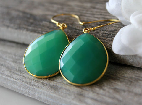 Medium,Emerald,Green,Chalcedony,Drop,Earrings,,Chrysoprase,Green,,Large,Dangle,,Drop,,Gold,Vermeil,,Huge,Teardrop,Jewelry,Earrings,gold_vermeil,large_teardrop,large_green,green_chrysoprase,drop_earrings,bygerene,green_chalcedony,emerald_green_dangle,huge_green_earrings,large_pear_drop,medium_green,emerald_chalcedony,valentine_sale,gold vermeil,Emerald Green Chalcedon