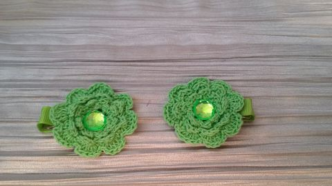 Mini Crocheted Flowers on clips - product images 3 of 5
