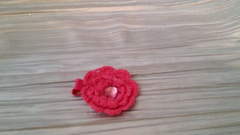 Mini Crocheted Flowers on clips - product images 5 of 5