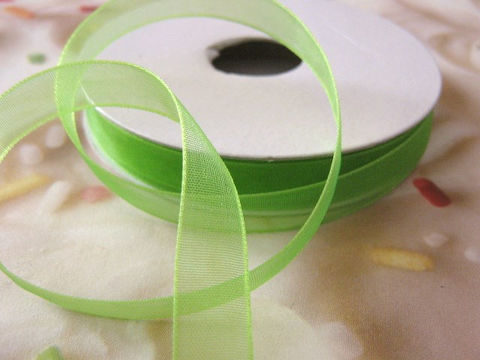 5/8,Inch,Wide,Apple,Green,Organza,Ribbon,5,Yards,ribbon,sheer_ribbon,green_ribbon,18mm_ribbon,ribbon_by_the_yard,bow_ribbon,corsage_ribbon,floral_supply,scrapbooking_ribbon,wedding_ribbon,green_corsage_ribbon, craft_store,Beads2string,5/8_inch_ribbon