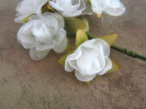 White,Organza,Flower,Bouquet,Bunch,Wired,Floral,Picks,supplies,floral_supplies,floral_pick,wired_flower_bunch,wired_organza_flower,white_organza_flower,organza_flower,3/4_inch_flower,20mm_flower,organza_flower_bunch,organza_flower_pick,mulberry_flower_bunch,Beads2string,craft_store,artificial_flower