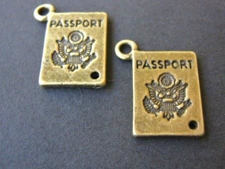 Passport,Charms,18x12mm,Antique,Bronze,Finish,findings,supplies,passport_charm,antique_bronze_passport_charm,18x12mm_passport_charm,travel_charms,alloy_metal_charms,beads2string,bead_store,craft_store,jewelry_findings,jewelry_supply,visa_charm