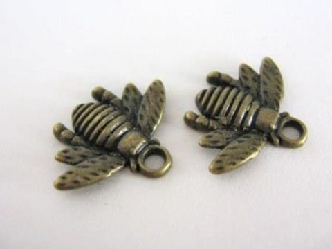 21x16mm,Bumble,Bee,Charm,Antique,Bronze,Finish,Jewelry,Findings,supplies,jewelry_findings,charms,antique_bronze_charm,bee_charm,21mm_bee_charm, antique_bronze_bee_charm,jewelry_charms,Beads2string,bead_store,jewelry_supplies