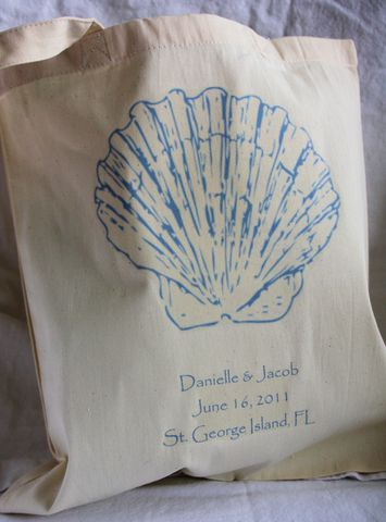 Seashell,Tote,Bag,weddings,wedding_favor,destinationwedding,tote_bags,beach_bride,barefoot_bride,shore,beach_wedding,etsynj_team,hotel_guest,hotel_welcome,seashell,tropical_wedding,bridal_shower_favor