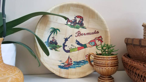 Vintage,Bermuda,Bowl,Housewares,bermuda,bermuda_bowl,rattan_bowl,wicker_bowl,Kitschy_decor,vintage,vintage_bowl,palms,bamboo,beachy_decor,Kitschy_baskets,boho,1970s