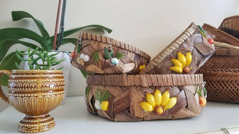 Kitschy,Goodness-,Set,of,3,Baskets,Housewares,Bowl,Kitschy_baskets,vintage_baskets,fruits_and_flowers,lined_baskets,fruit_basket,kitschy,baskets,1960s,1970s,Hawaiian_style,bohemian,boho,bohemian_home