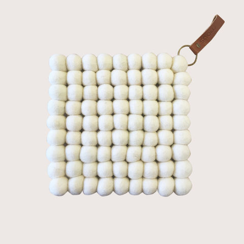 Snow,Trivet,-,Creme,trivet, felt, felt ball trivet, ball, felted, scandi, scandinavian, design, scandi design, danish, denmark, danish design, danish homewares, homewares, home accessories, living danishly, live danishly, danishly, live