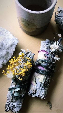 Magic,Wildflower,Sage,Bundle,Smudge, smudge bundle, flower bundle, wildflower, smudging, sage, white sage, energy, energy cleansing