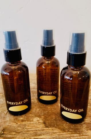 Everyday,Oil,natural unisex skincare, essential oil, coconut oil, jojoba oil, castor oil, argan oil, palo santo oil, geranium oil, clary sage oil, lavender oil, wild harvested, healing oil, naturally scented oil, uplifting, healing, everyday oil