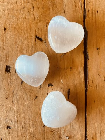 Selenite,Heart,selenite heart, selenite, polished crystal heart, heart, reset energy, energy healing, palm stone, energy stones