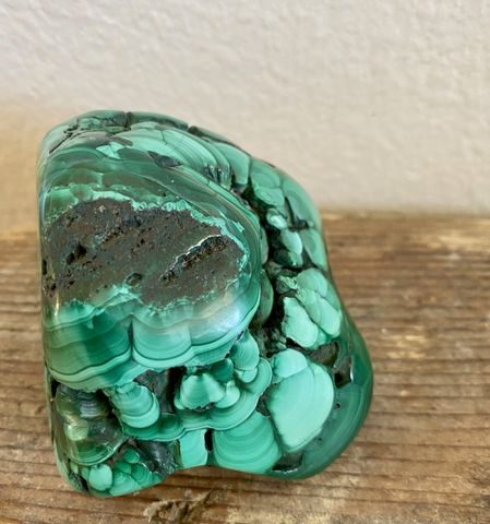 Polished,Malachite,malachite, green, stone, crystal, healing green crystal, greens, swirling green, clears energy, eliminates, clears electromagnetic fields, absorbs negative energy, protection, polished stone, balance, manifestation stone