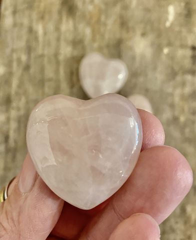 Rose,Quartz,Heart,selenite heart, selenite, po Rose quartz, rose quartz heart, polished crystal heart, heart, reset energy, energy healing, palm stone, love stone, energy stones, unconditional love crystal
