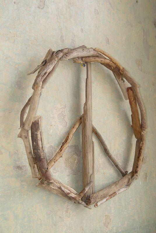 Driftwood Peace Sign Door Decor Wreath Wall Art