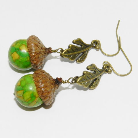 Acorn,Earrings,,Autumn,Jewelry,,Real,Caps,,Oak,Leaf,Jewelry,Earrings,Fall_Jewelry,dangle,acorn_earrings,nature_lover,earthy,organic,Oak_leaf,leaf_earrings,green_earrings,headpins,leaf links,lead nickel cadmium safe earwires,magnesite beads,real acorn caps,necklace chain,necklace clasp