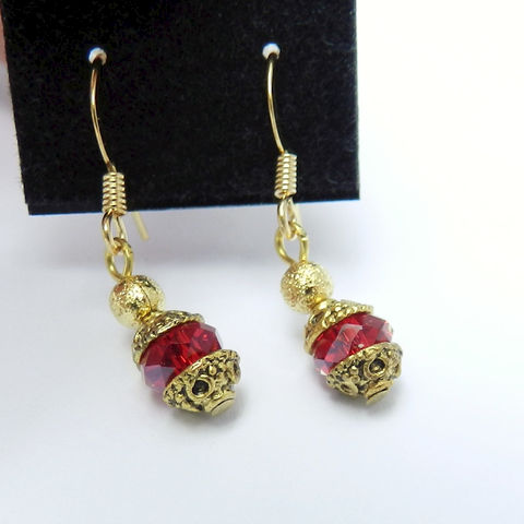 Dainty,Red,Crystal,Earrings,Jewelry,handmade,red_earrings,cabochon_earrings,dragon_blood,dark_red_earrings,crystal_earrings,gold_earrings,short_earrings,red_crystal,Valentines_Day,Christmas,alloy beadcaps,earwires,crystal,stardust beads,headpins