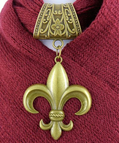 Fleur-de-Lis,Scarf,Slide,in,Antique,Bronze,Accessories,Charm,scarf_pendant,scarf_charm,scarf_accessory,pendant_charm,fashion_accessory,Fleur_de_lis_jewelry,Fleur-de-lis_charm,antique_brass,bronze_finish,rose,heart,alloy charms,jump rings,alloy bails