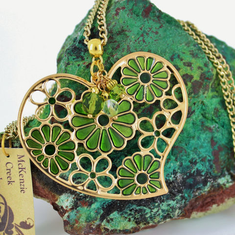 Hippie,Flower,Necklace,Jewelry,Heart_necklace,heart_pendant,green_jewelry,flower_necklace,gold_and_green,hippie_necklace,cute_flowers,long_chain,St_Patricks_Day,Gift_for_girl,Teen_jewelry,Stamped enameled large heart pendant,crystal beads,pins,chain,bail