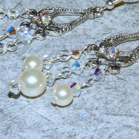 Wedding,Earrings,,Bridal,Jewelry,,Swarovski,Pearls,,Chandelier,Earrings, Chandelier, chandelier earrings, Swarovski pearls,pewter,dangle,crystal,wedding_earrings,bridal_earrings, wedding jewelry,white pearl earrings,mckenzie creek,holiday earrings