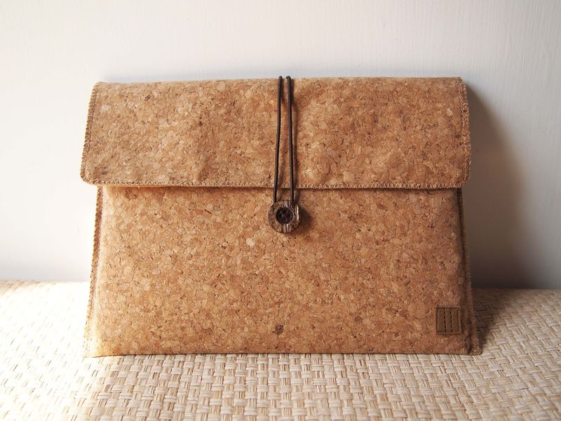 "Cork computer / tablet bag  (custom made for any model between 11.1""-15"") - product images  of"