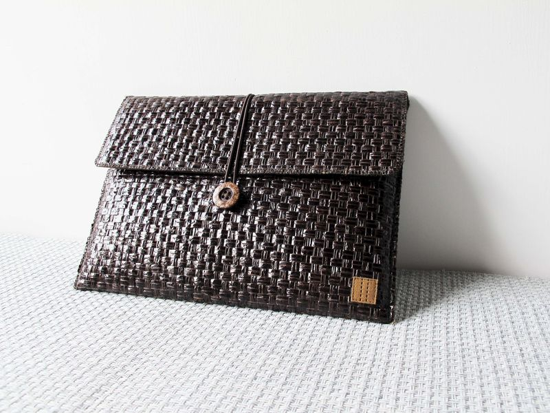"Dark brown grass woven computer / tablet bag (custom made for any model between 8.1""-11"" - product images  of"