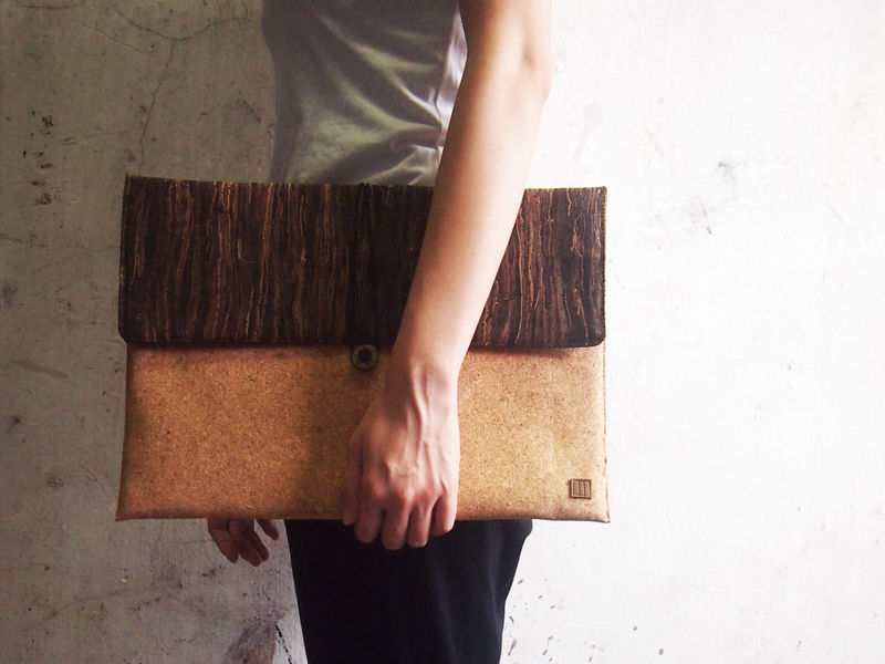 "Mixed cork computer / talet bag (custom made for any model between 11.1""-15"") - product images  of"