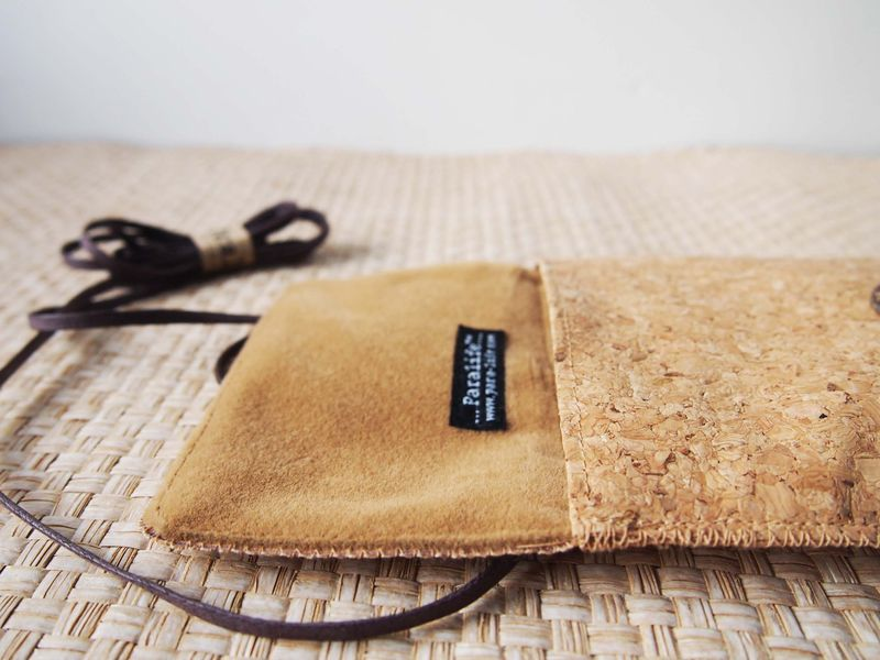Cork phone bag (vertical) (custom made for any model) - product images  of