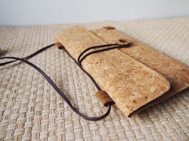 Cork phone bag (horizontal) (custom made for any model) - product images  of